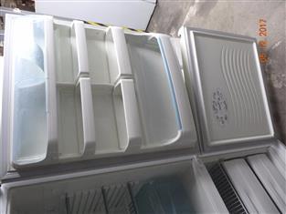 Westinghouse 500L upside down fridge/ freezer