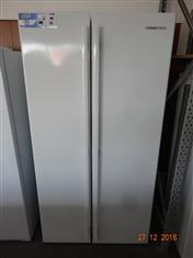 Westinghouse 600L white side by side fridge/ freezer