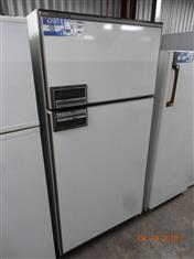 Kelvinator 480L fridge/ freezer