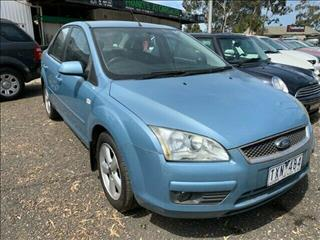 2005 FORD FOCUS LX LS 4D SEDAN