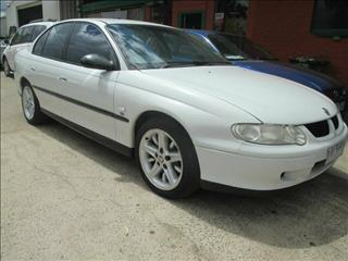 2000 HOLDEN COMMODORE EXECUTIVE VX 4D SEDAN