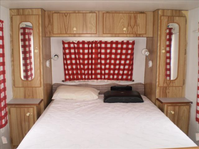 """1992 Empire Caravan - BEING SOLD """"AS IS WHERE IS"""""""