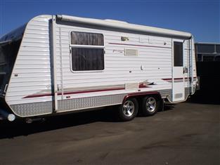 2009 Paramount Classic Caravan.