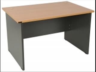 Desk 1200 x 750