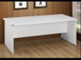 Desk 1800 x 900