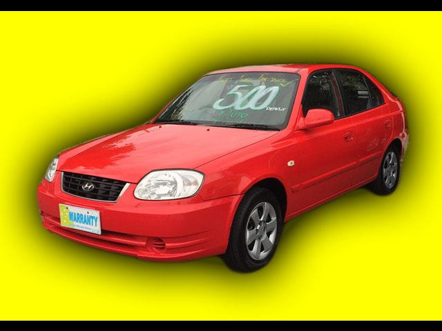 2004 Hyundai Accent   Hatch