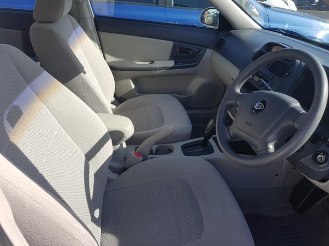 2006 Kia Cerato  Sedan