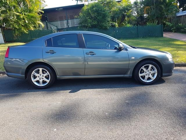2006 Mitsubishi 380 Platinum Edition Sedan