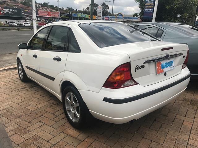 2003 Ford Focus LX LR Sedan