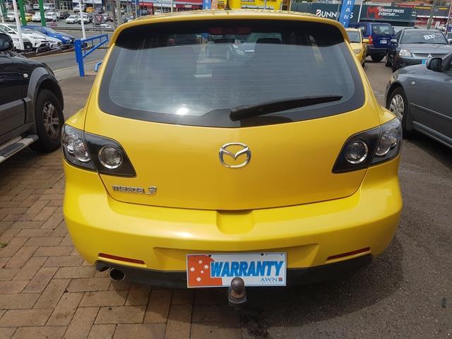 2004 Mazda Mazda3 SP23 Hatch