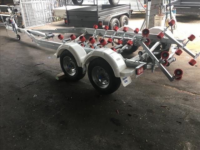 22-23ft boat trailer