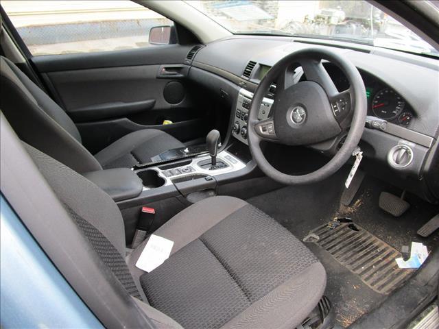 Holden Commodore VE omega sedan 6/2008 (Wrecking)