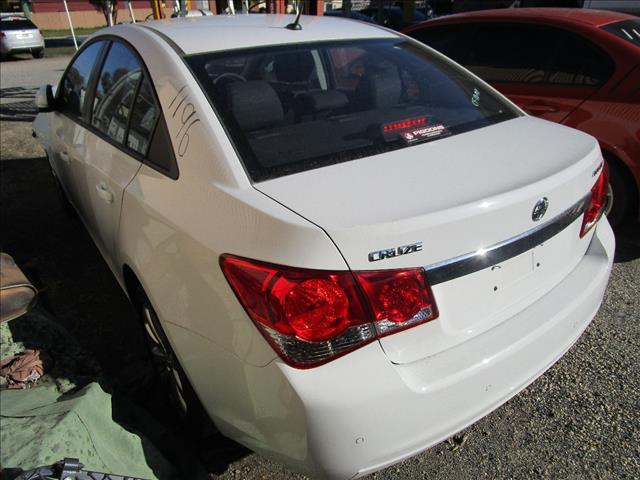 Holden Cruze sedan 2015 (Wrecking)