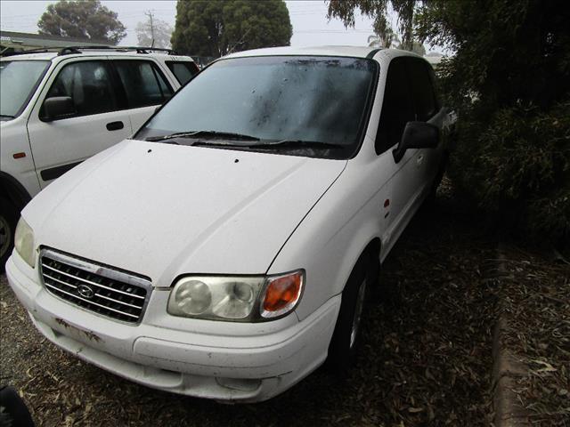 Hyundai Trajet Van 7/2000 (Wrecking)