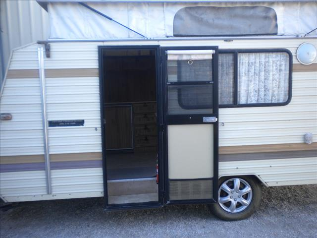17' JAYCO POP TOP 1990