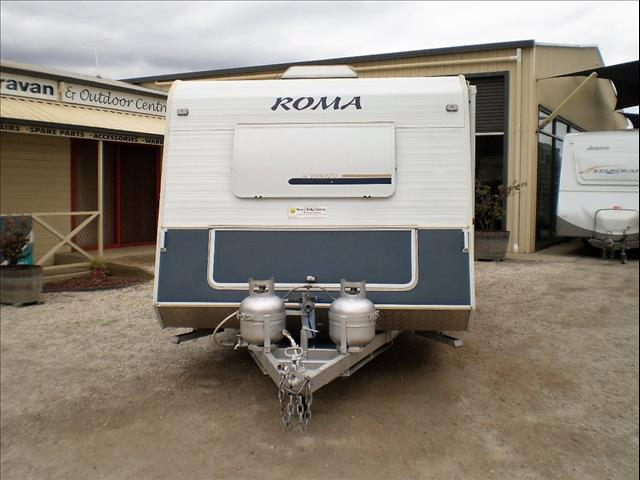 22'  ROMA SOUTHLINER 2006  SORRY I'M SOLD