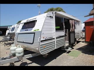 2014 Supreme Classic Family W/3 Bunks, Separate Shower & Toilet