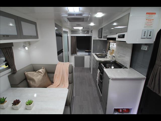 2018 Paramount Duet Expander caravan shower & toilet