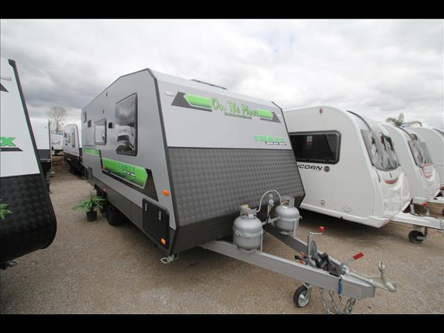 On the Move 19'6 Traxx Semi off road Full Ensuite