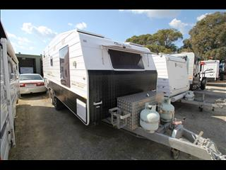 2010 Roadstar Safari Tamer Off road 19'6 shower/toilet