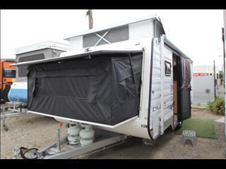 2013 Paramount Duet Family Van