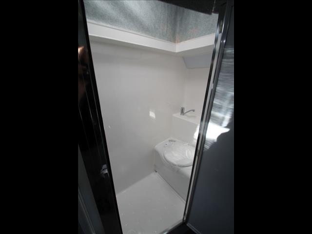 2018 Micro Mini pop top & shower