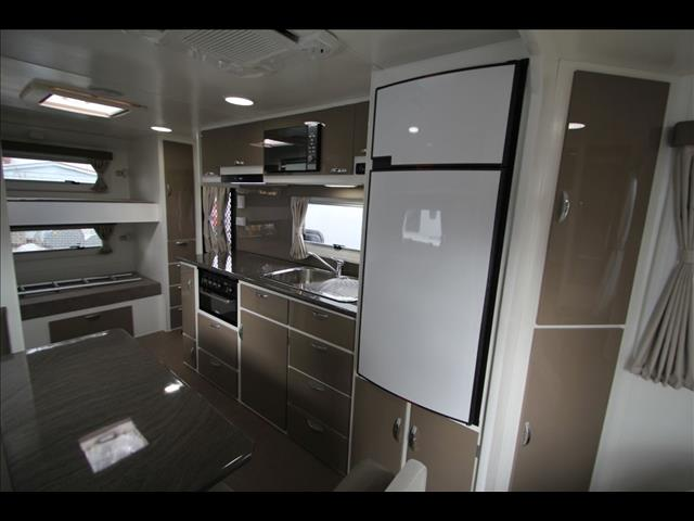Elegant Caravan Sales  Off Road Bunk Caravans  Dreamseeker Nullarbor III