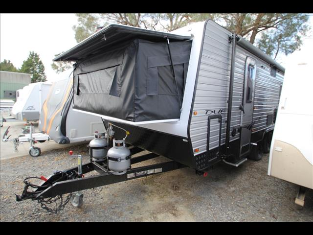 PARAMOUNT DUET 20' BUNKS WITH SHOWER