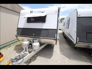 2011 Paramount Utility with full Ensuite tandem axle