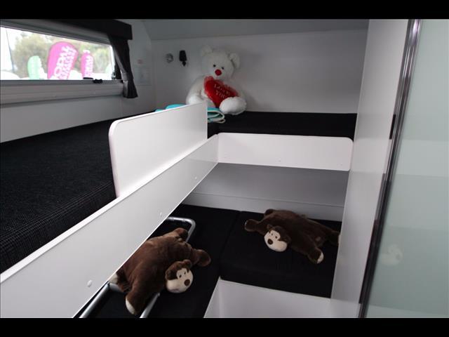 2016 Golden Eagle Escape 4 Bunk family van with full Ensuite