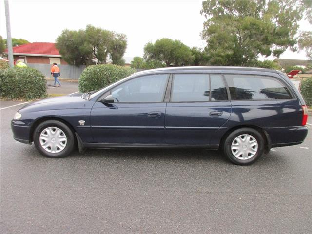 2001 HOLDEN COMMODORE ACCLAIM VXII 4D WAGON