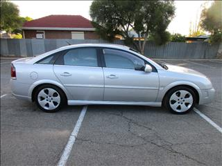 2003 HOLDEN VECTRA CDXi ZC 5D HATCHBACK