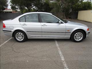 2000 BMW 3 23i 4D SEDAN
