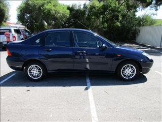 2004 FORD FOCUS LX LR 4D SEDAN