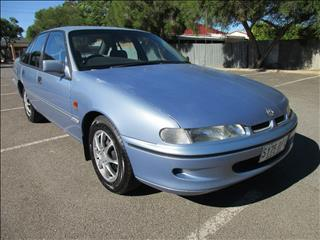 1996 HOLDEN COMMODORE ACCLAIM VSII 4D SEDAN