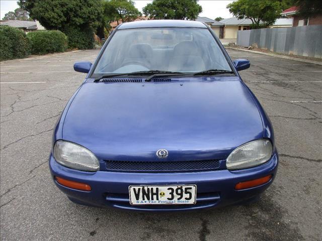 1995 MAZDA 121 4D SEDAN