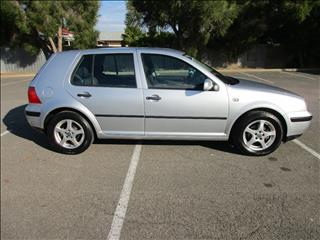 2002 VOLKSWAGEN GOLF 1.6 SE 5D HATCHBACK