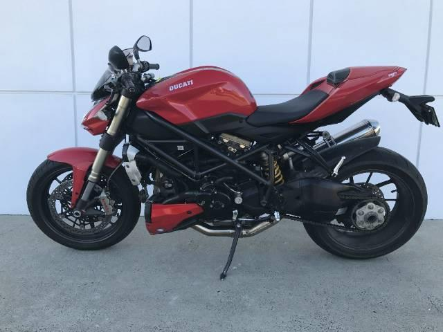 2009  DUCATI STREETFIGHTER ROAD  CYCLE