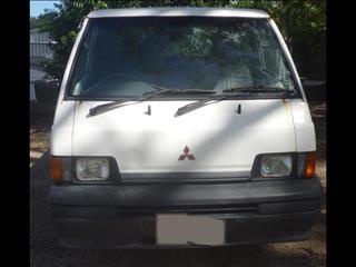 1987 MITSUBISHI L300 EXPRESS VAN