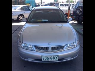 2001 HOLDEN BERLINA VX 4D SEDAN