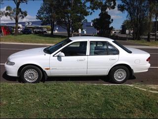 1996 FORD FAIRMONT EL 4D SEDAN
