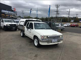 2000 TOYOTA HILUX RZN154R X CAB P/UP