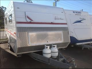 "USED 21'6""X7'9"" 2005 VISCOUNT GRAND TOURER CARAVAN"