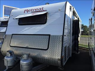 "USED 22'6""x7'9"" 2010 RETREAT HAMILTON CARAVAN"