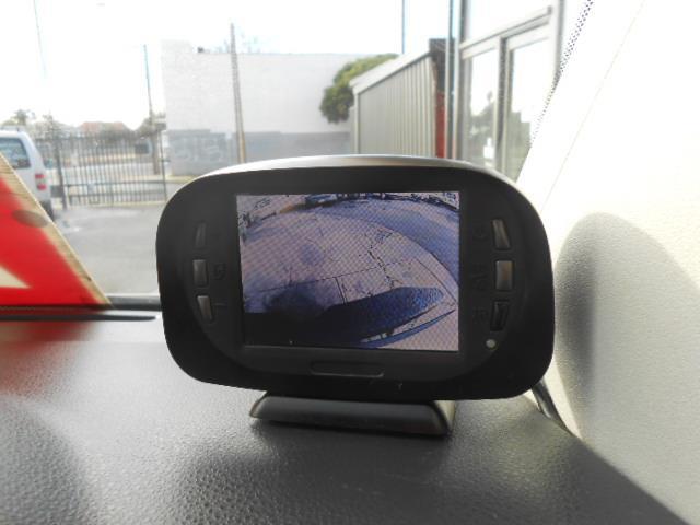 2010 VOLKSWAGEN TRANSPORTER 75 TDI SWB LOW T5 MY10 VAN