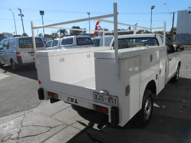 2006 TOYOTA HILUX WORKMATE TGN16R CCHAS