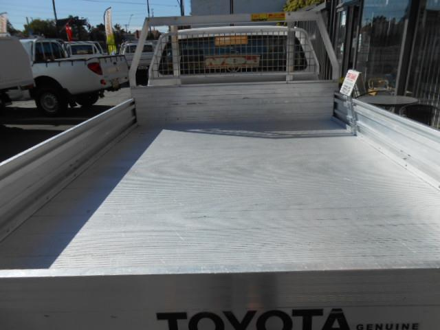 2013 TOYOTA HILUX WORKMATE TGN16R MY14 CCHAS