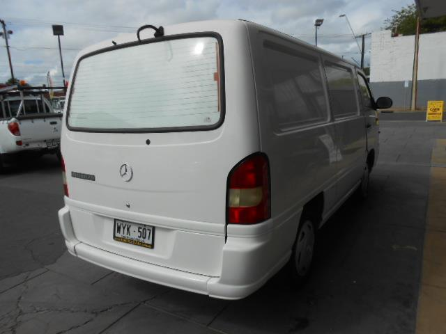 2003 MERCEDES-BENZ MB 100D 2.9  4D VAN