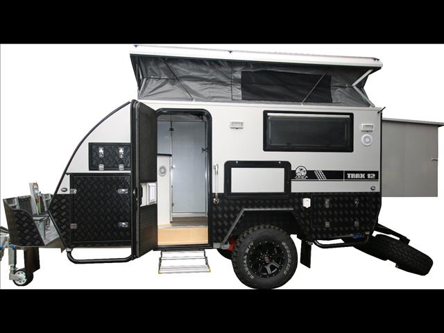 new trax 12 silver series jawa off road hybrid caravan dinette bunk ensuite for sale in. Black Bedroom Furniture Sets. Home Design Ideas