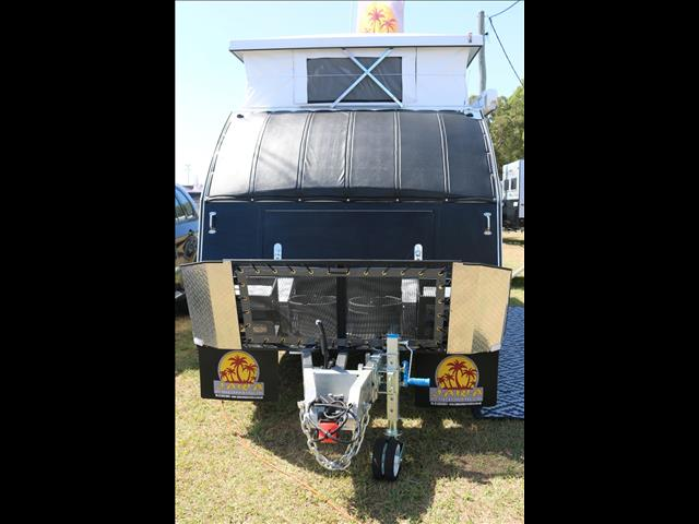 Brilliant The Optional Fx4 Package Can Be Fitted Only To The 3,2litre Doublecab 4&2154 XLT Model In  Will Haul Your Boat Or Caravan To Your Next Holiday Destination With